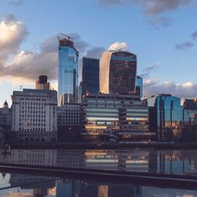 City of london 2-1-1
